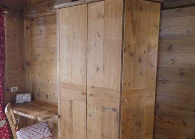 armadio in legno