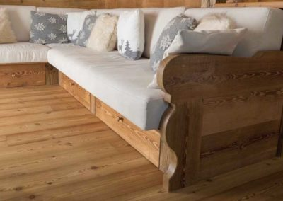 divano in legno