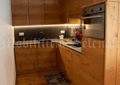 Cucina in legno abete spazzolato